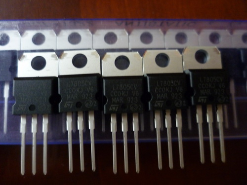 三端稳压 l7805cv to-220